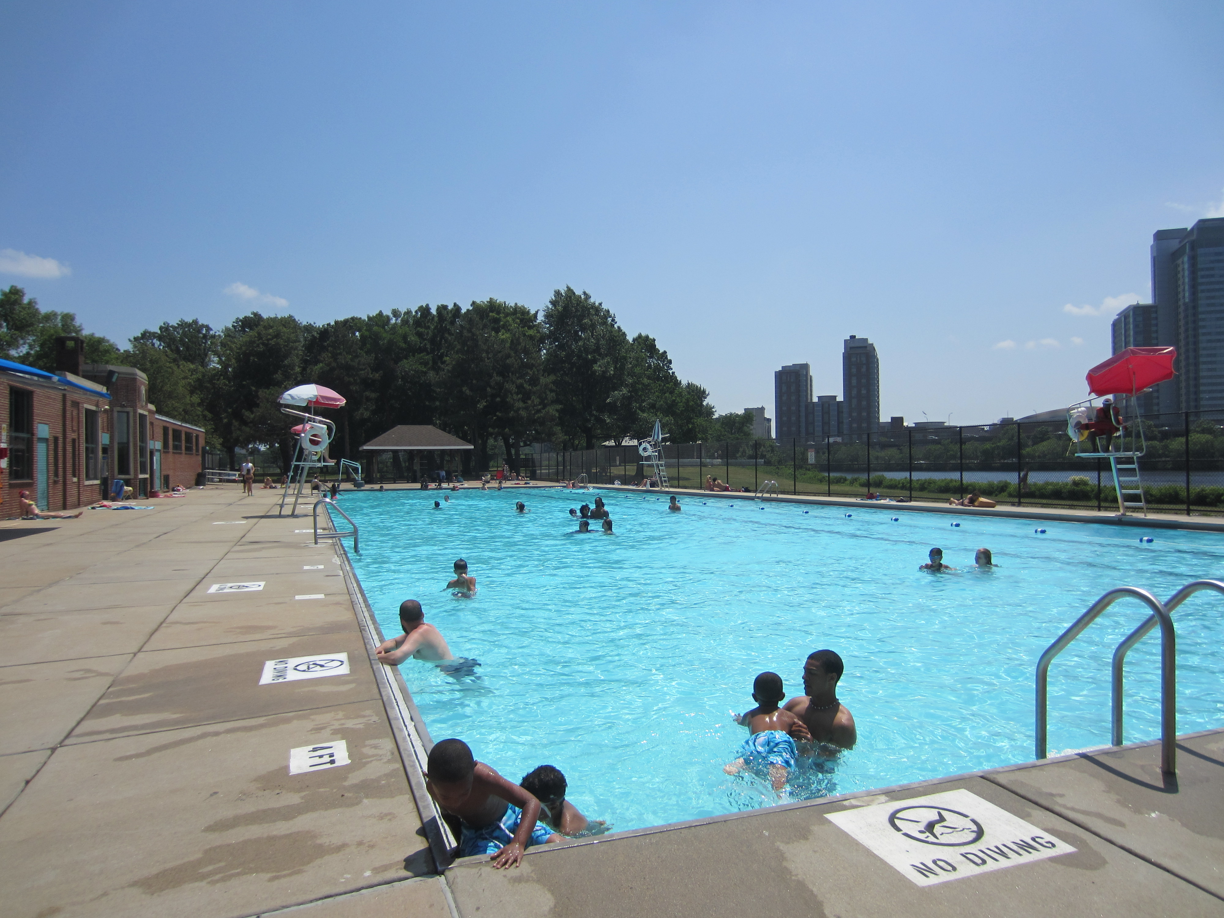 Magazine beach restoring our community 39 s park page 9 - Pools on the park swimming lessons ...