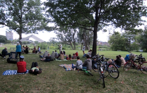 Arneis Quartet performs in the park.